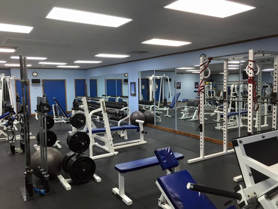 Our Free Weight Area Includes All The Staples In A Gym, Including Flat Bench,  Incline, Decline, Squat Rack, Smith Machine, Two Leg Presses, Hammer  Strength ...
